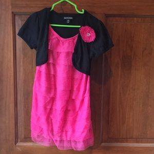Girls pink and black dress with lace size 6/6x